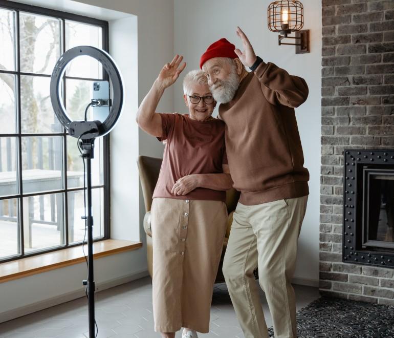 Reconnaître l'âgisme et changer notre regard sur le vieillissement
